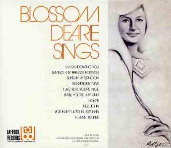 Sings Blossom's Own Treasures (Jpn)